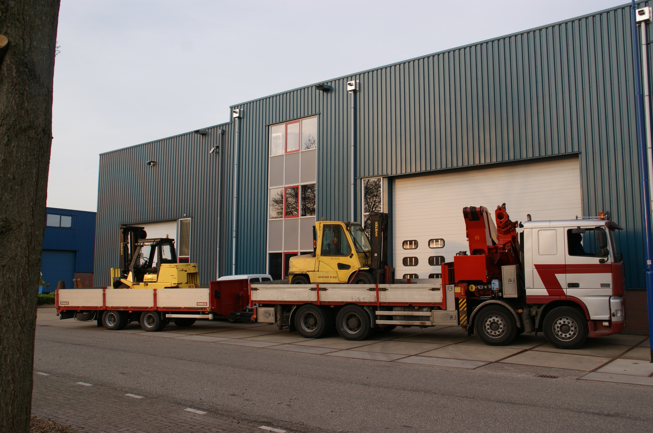 Autolaadkraan transport heftrucks
